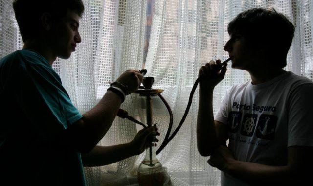 Comum Entre Jovens, Narguilé Causa Dependência E Está Ligado Ao Câncer